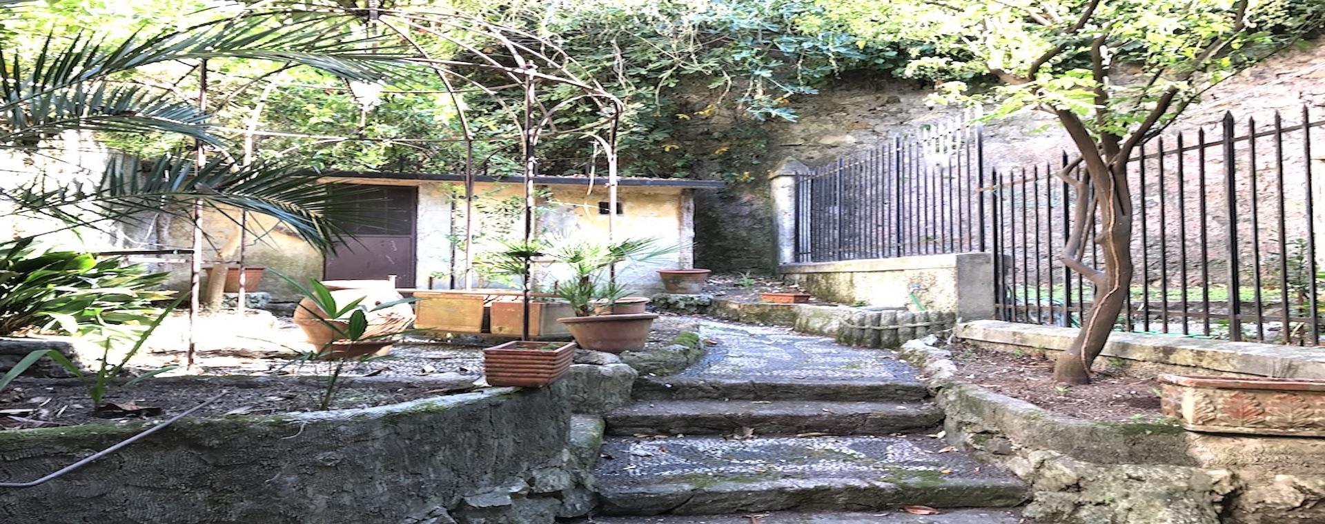 Vendita bilocale con giardino genova albaro immobiliare scopaz - Il giardino di albaro ...
